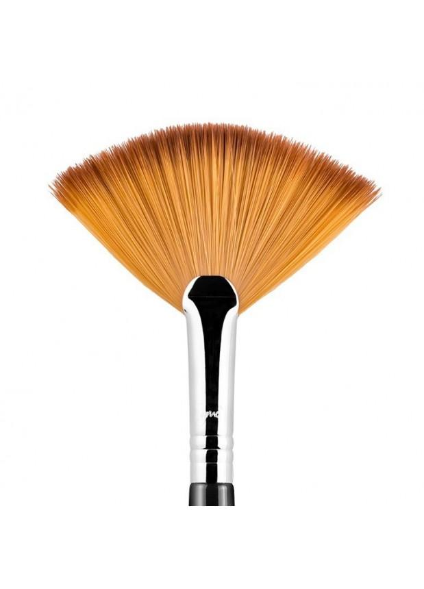 Sigma F41 веерная кисть для макияжа